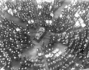 Here's an aerial view of Harding's funeral ceremonies.