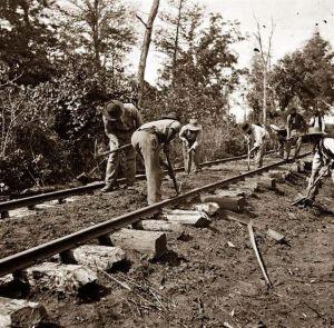 Slaves repair RR