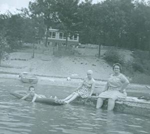 Wolf Lake 1961 with Ethel, Juanita, John