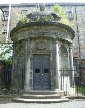 mackenzie-mausoleum-greyfriars-kirkyard